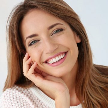 All About Tooth Discoloration: Types & Symptoms